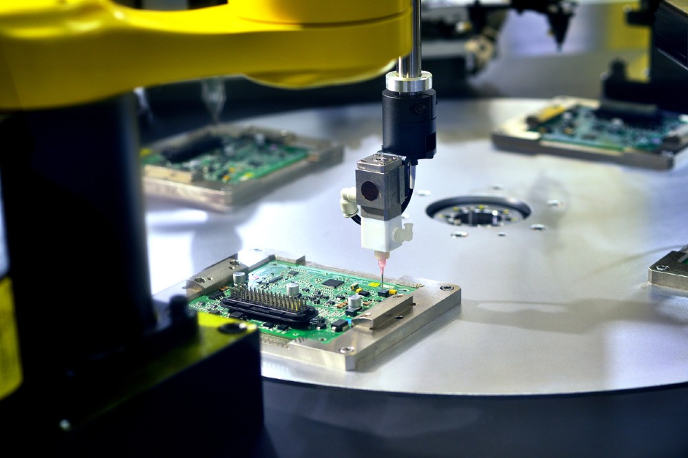 When to Know it's the Right Time to Hire a PCB Manufacturer